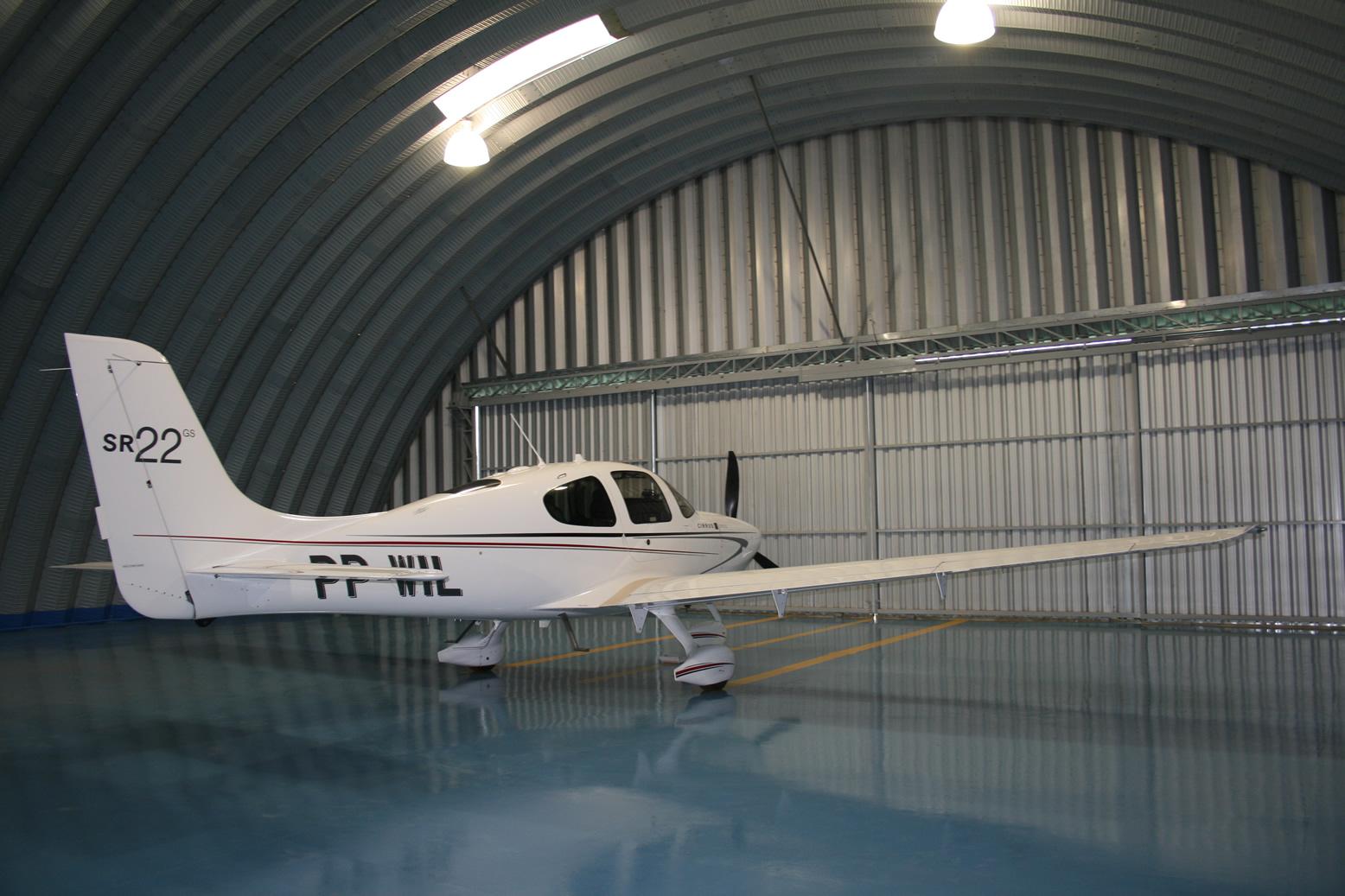 Hangares / Marinas 5