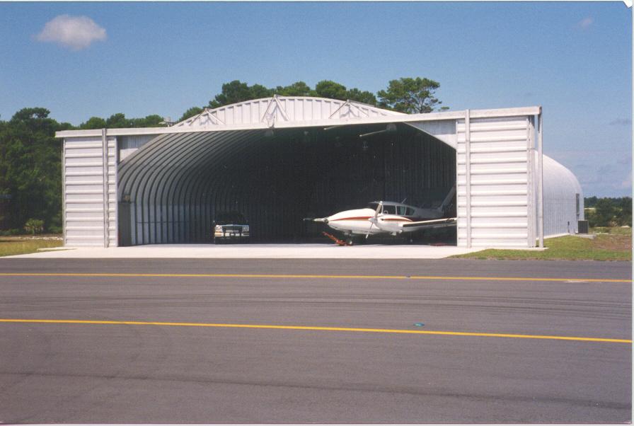 Hangares / Marinas 4