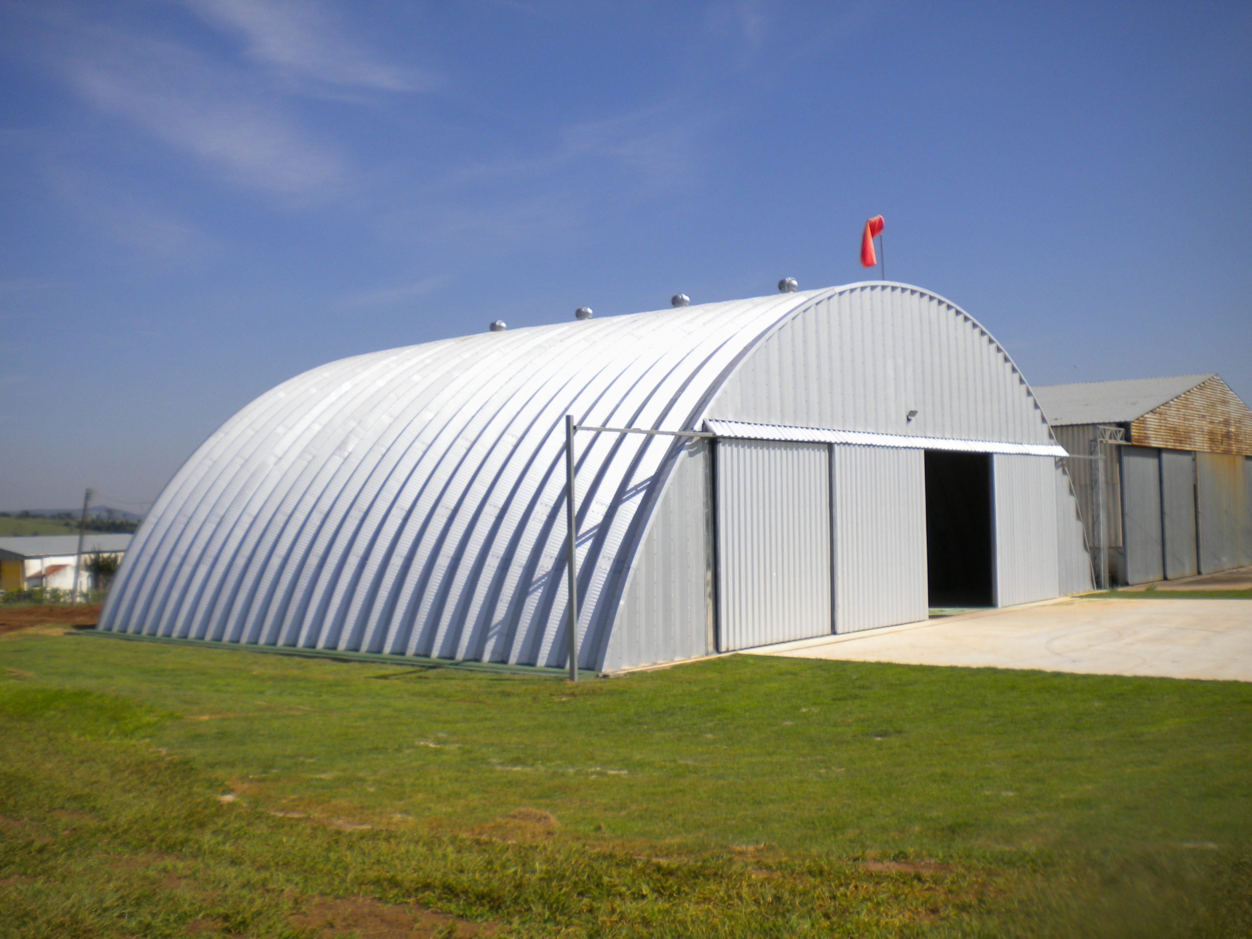 Hangares / Marinas 1