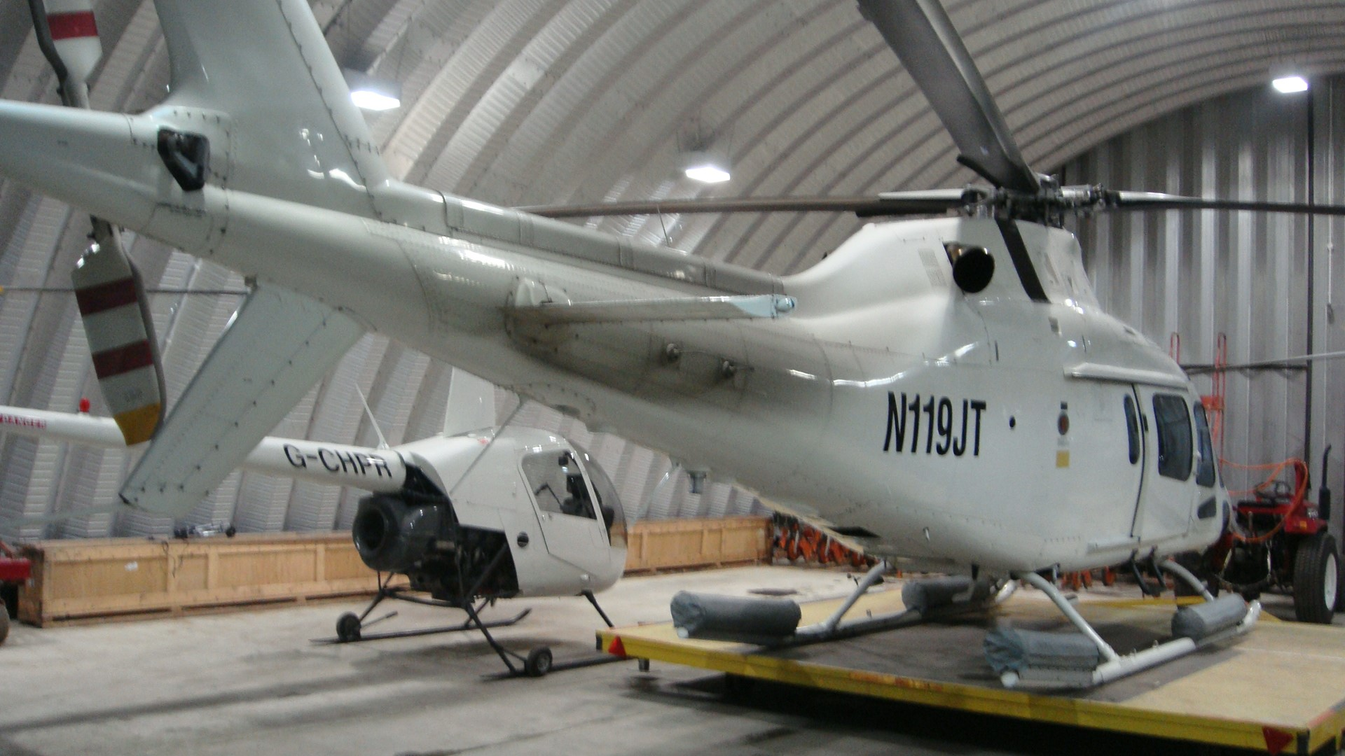 Hangares / Marinas 8